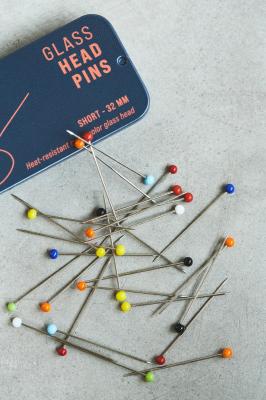 Glass Head Pins - 32 mm