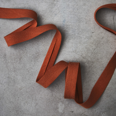 Crispy Crepe Bias tape, 13 mm - Rust