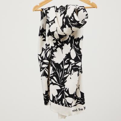 Floral Shade, Creamy White - Leia Crepe