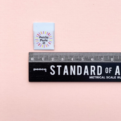 AUNTIE MADE IT - woven label