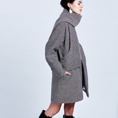 Le 204 - Coat with incorporated scarf