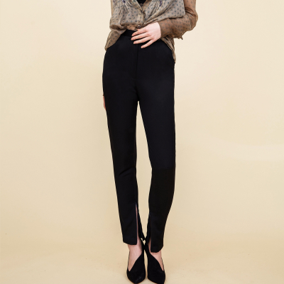 Le 302 - Flare and classic narrow trousers