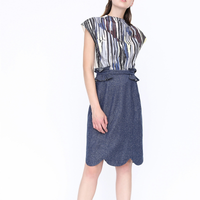 Le 404 - Straight Skirt with frilled trims