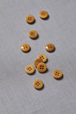 Plain Corozo Button 11 mm - Amber