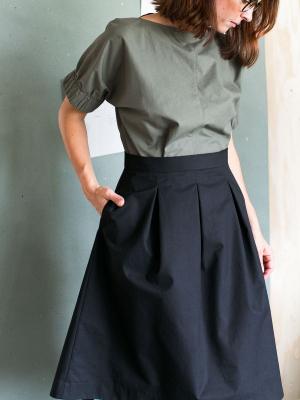 Three Pleat Skirt (XL-3XL)