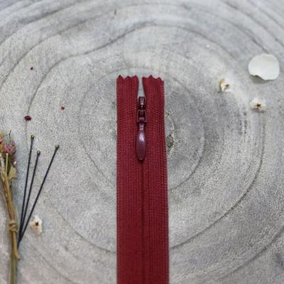 Invisible zipper, 60 cm - Amarante